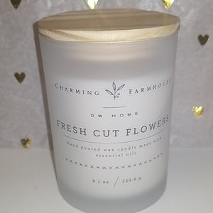 Brand new DW HOME Fresh cut flower scented  candle